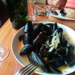 Bar Pastoral Mussels in white wine broth